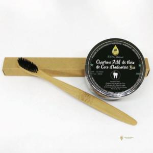 Charbon actif de coco bio brosse à dents bambou
